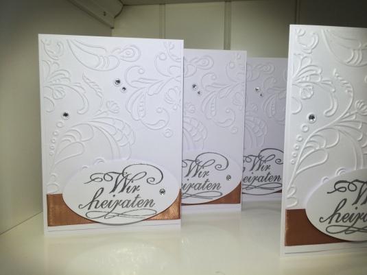 selbst gebastelte Hochzeitseinladung